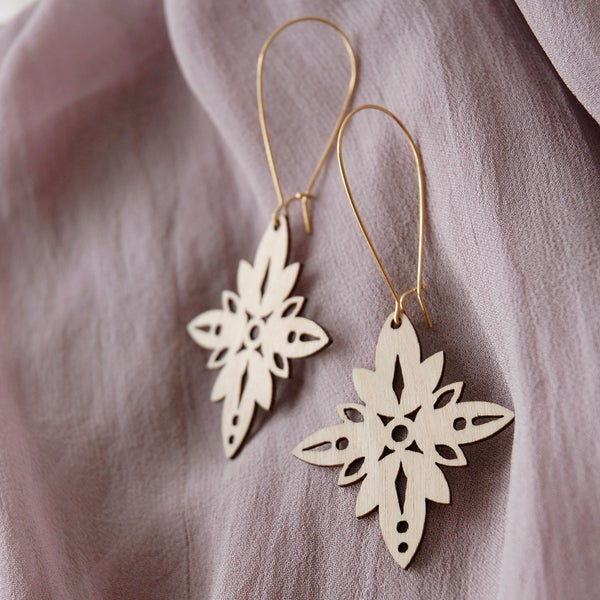 "Image of ""KAEDE"" EARRINGS"