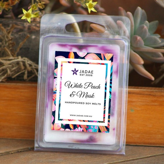 Image of White Peach & Musk Clamshell Soy Melts