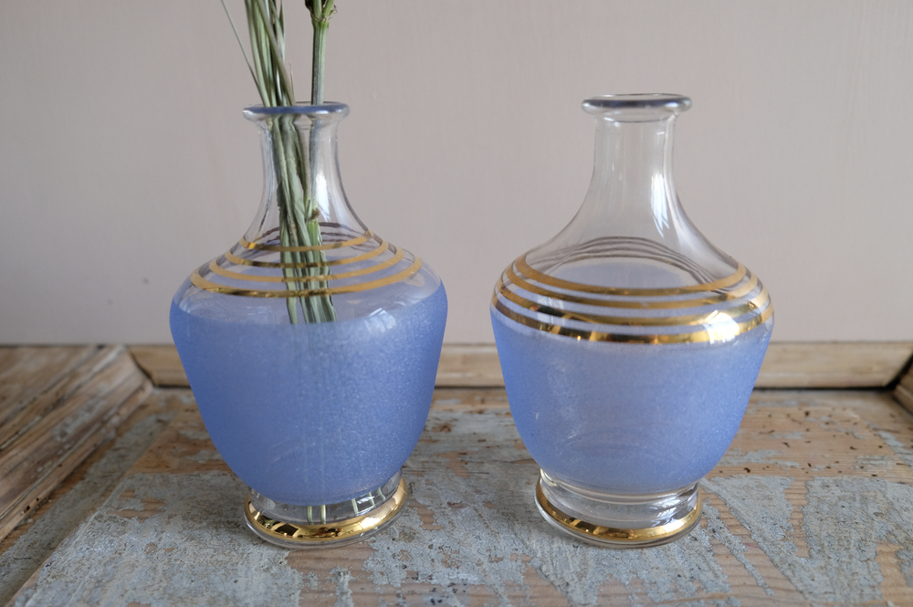 Image of Carafes bleues