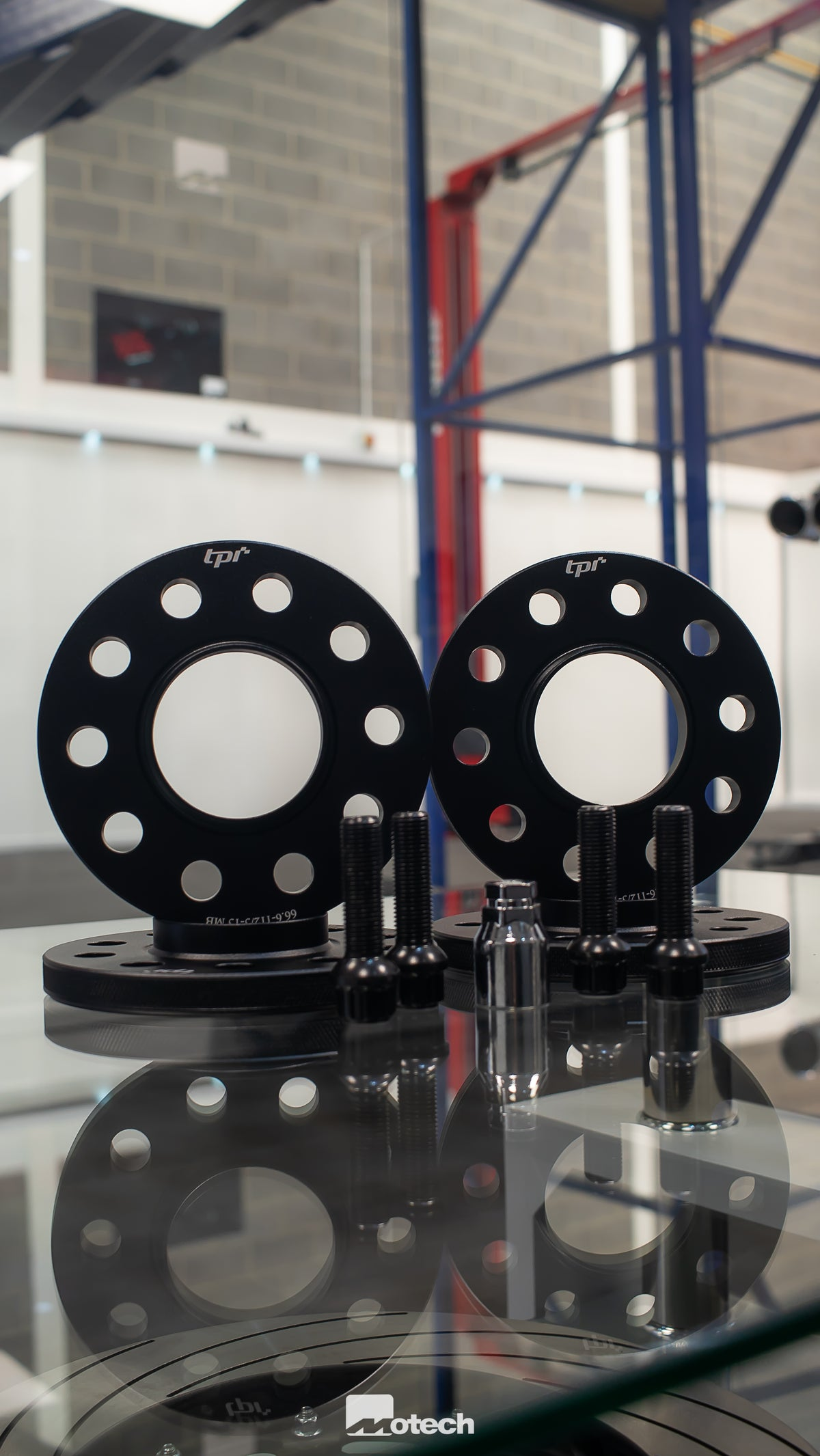Image of Set of 4 MINI F56 Wheel Spacers with longer bolts and lockers (black)