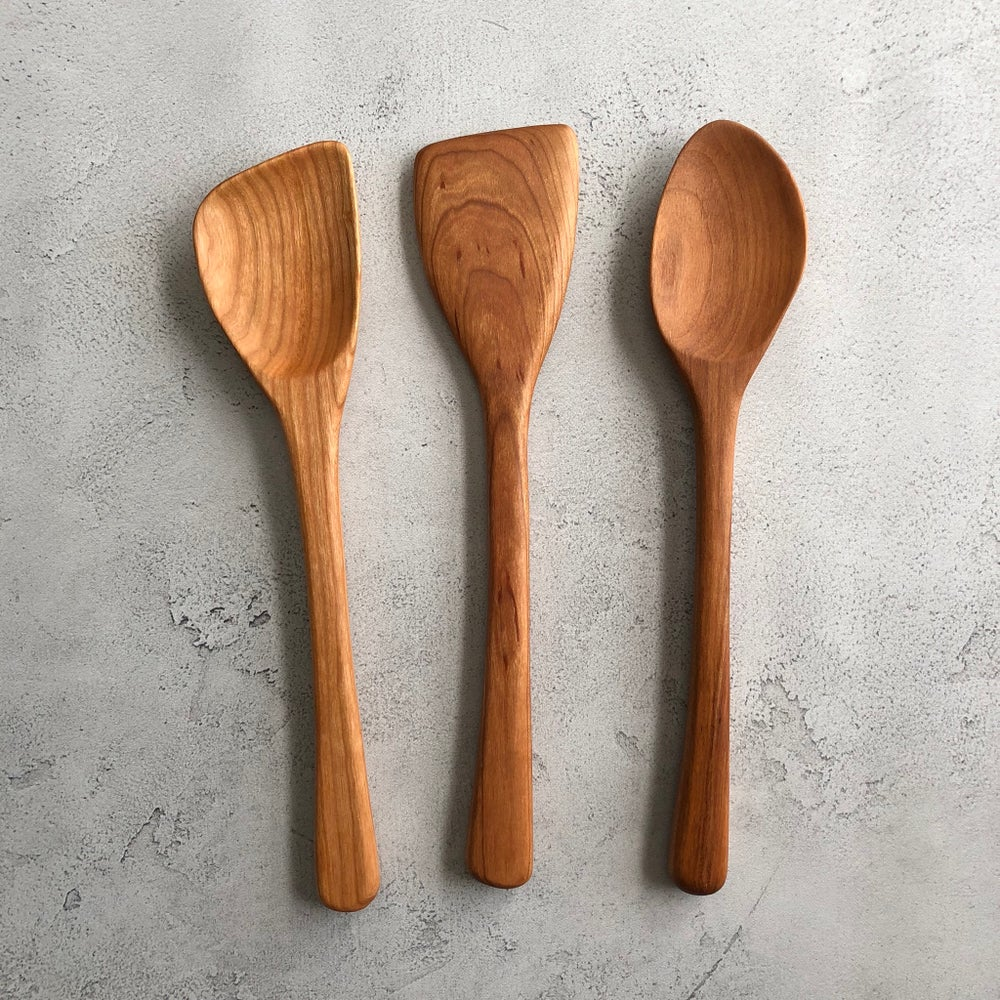 Image of 3 piece cherry utensil set