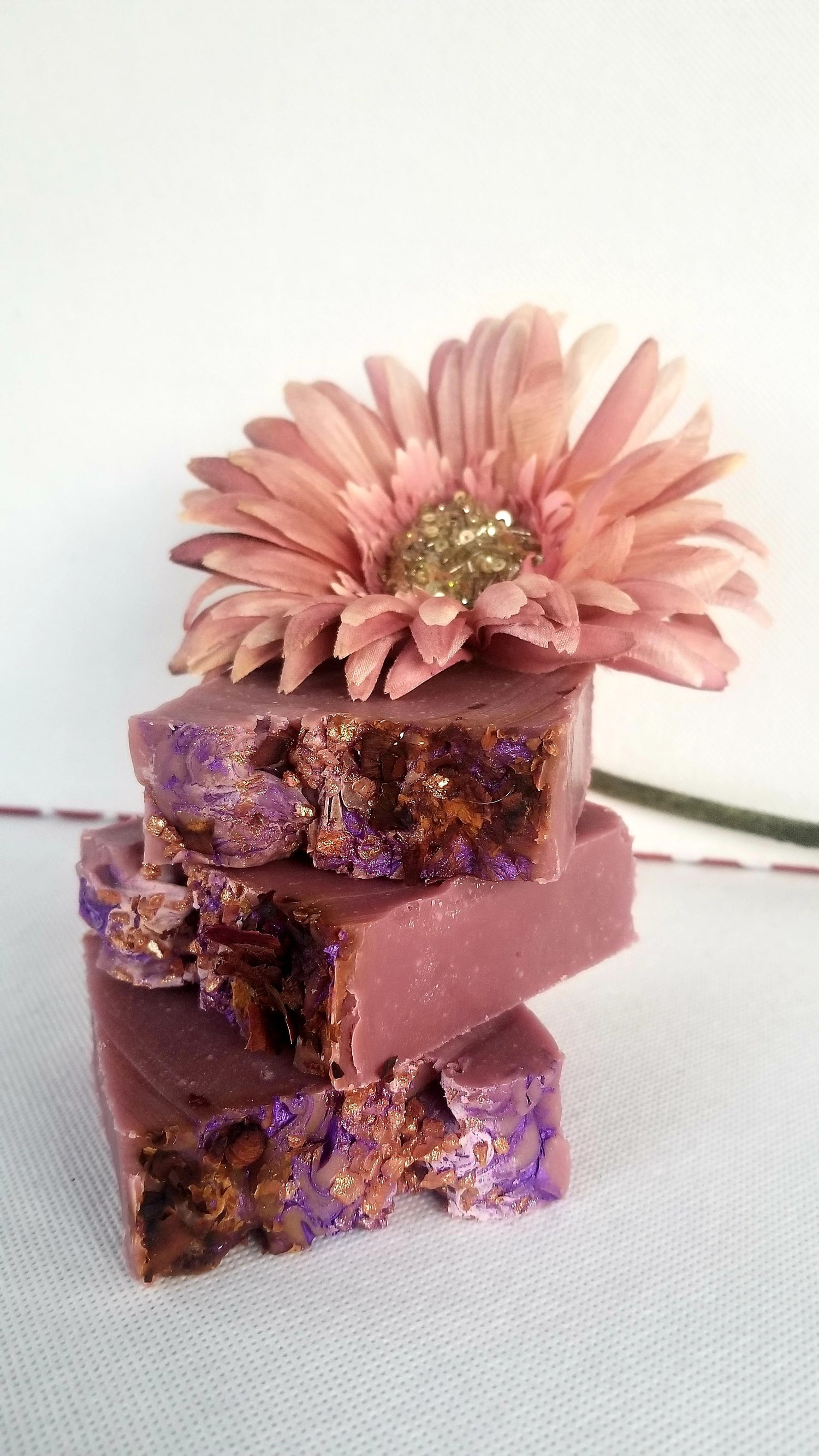 Image of Black Raspberry & Vanilla Currant Beauty Bar