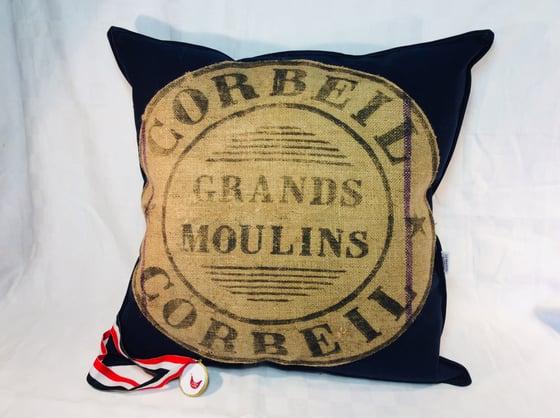 Image of Coussin « grand moulin de Paris»