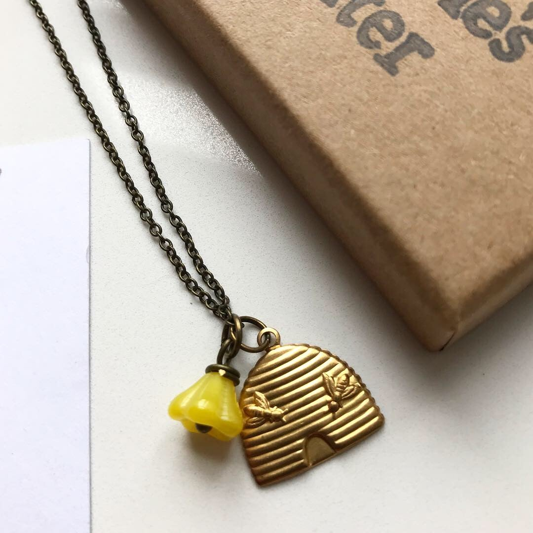 Image of BEEHIVE NECKLACE BY THE MAGPIE'S DAUGHTER
