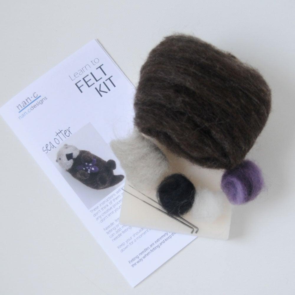 Sea Otter - Needle Felting Kit