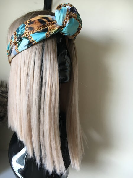 Image of The sharp blonde bob WIG and the mint chain headband (as set)