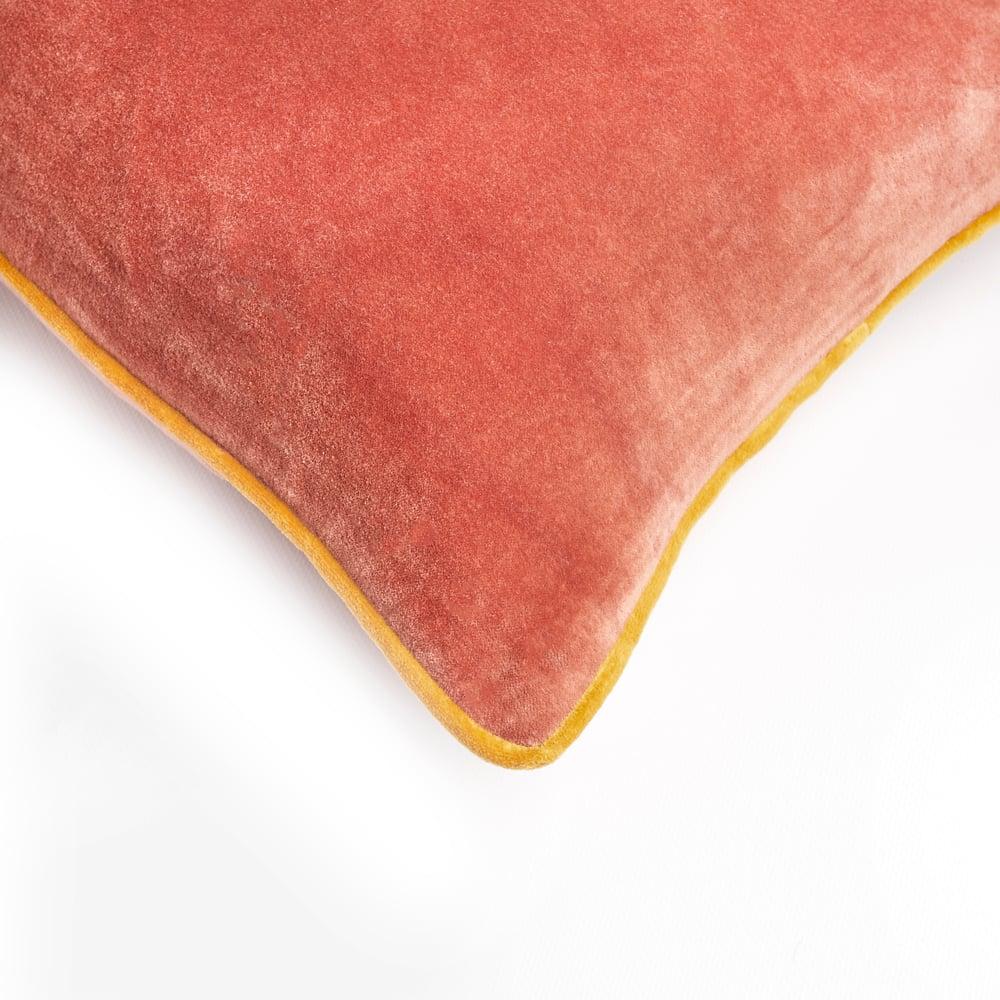 Image of S a m e t t i velvet cushion, rust