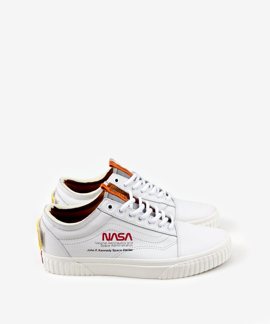 Image of VANS_OLD SKOOL (SPACE VOYAGER) :::TRUE WHITE:::