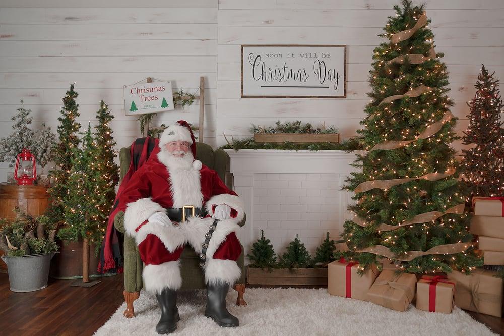 Image of 2018 Santa Mini Session