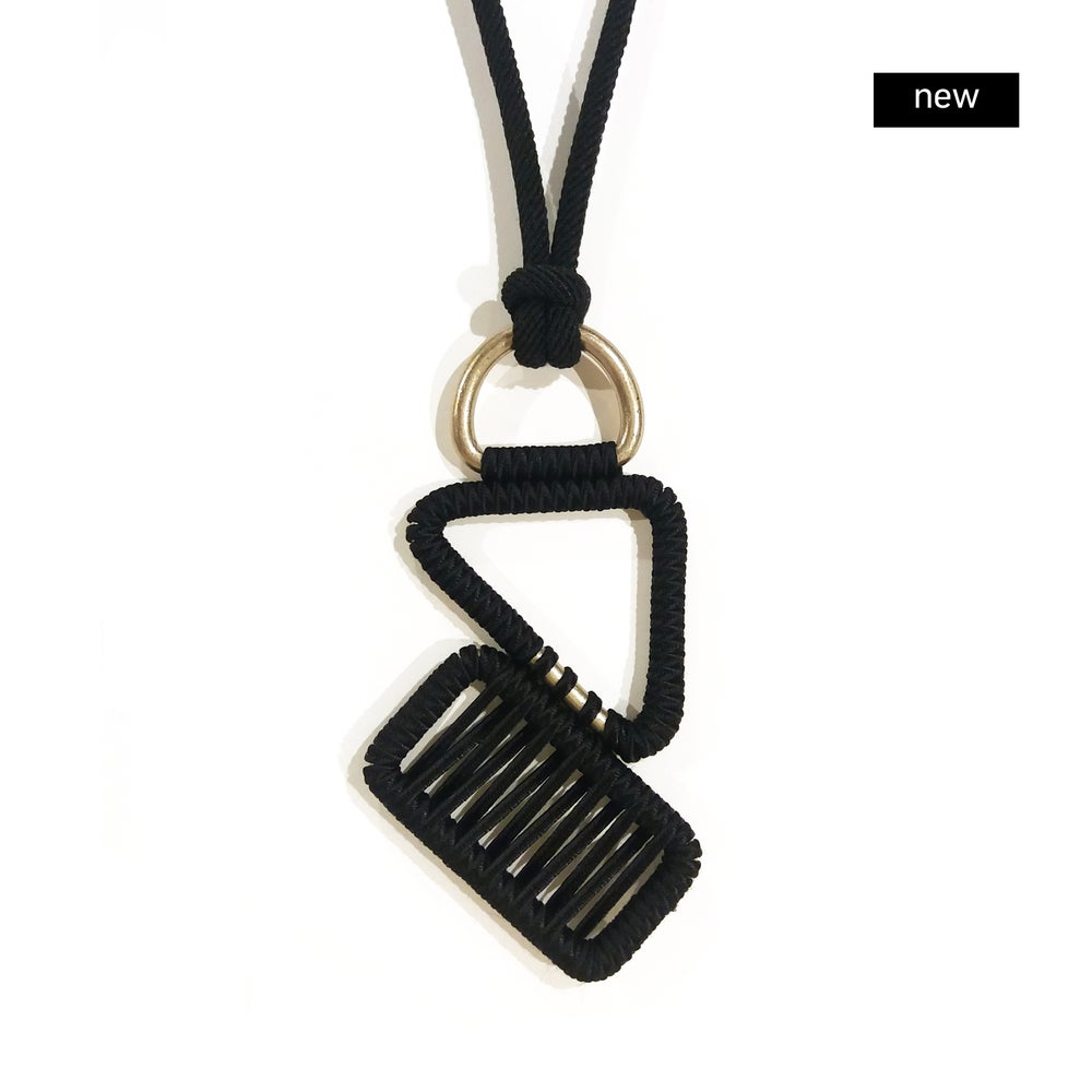 Image of asymmetrical pendant woven necklace #1648, color 10B (carbon/bronze) or Limited Edition