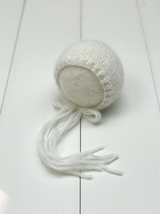 Image of Cloud Alpaca Bonnet - Cream - RTS