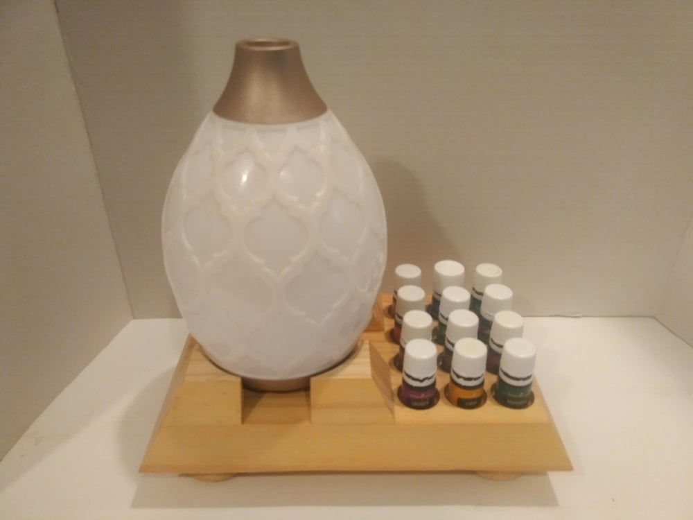 Image of Starter Essential Oil Rack and Diffuser Display - Perfect for New Oil Users