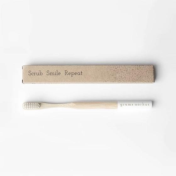 Image of Bambustandbørste - hvid