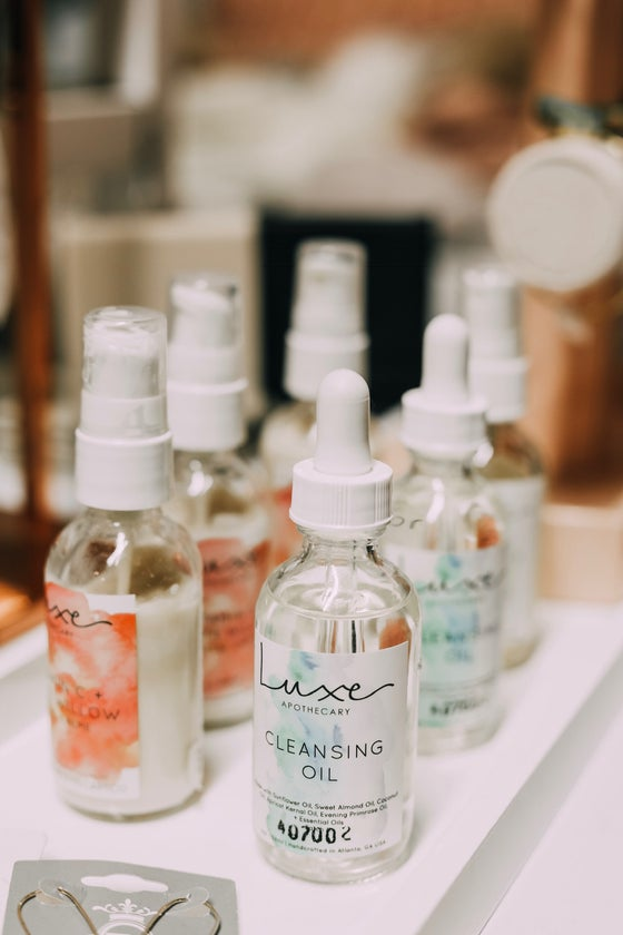 Image of Luxe Cleansing Oil