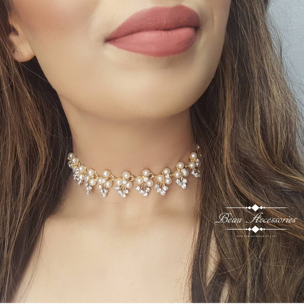 Image of Pearl & Rhinestone Choker Statement Necklace
