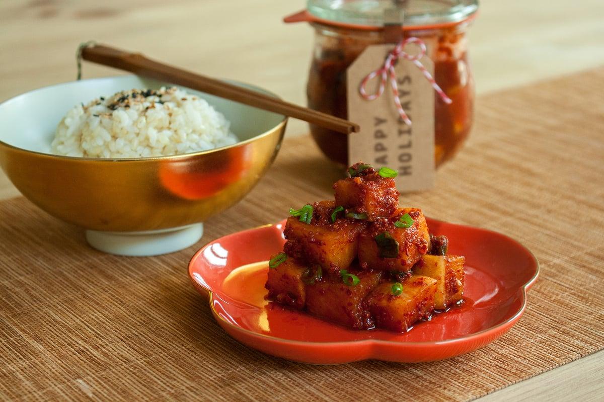 Image of Taller de kimchi de daikon: Kkakdugi 4/12