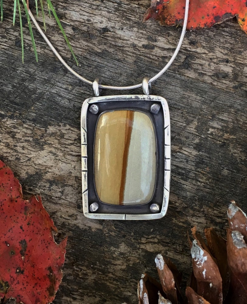 Image of Country Road Pendant