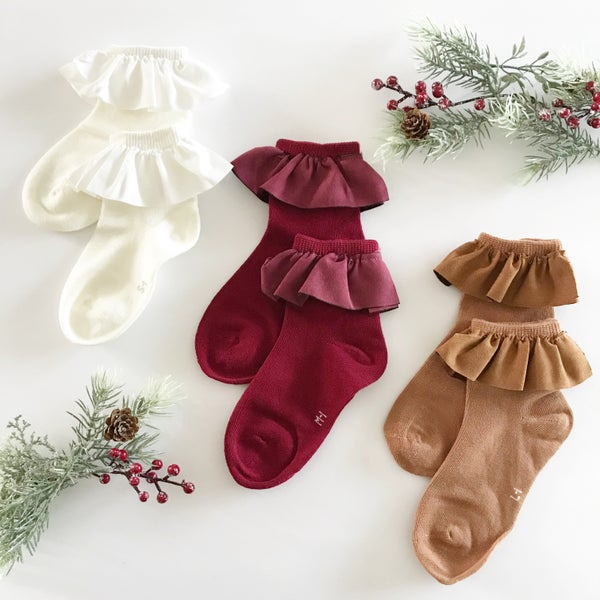 Image of Faux suede ruffle ankle socks