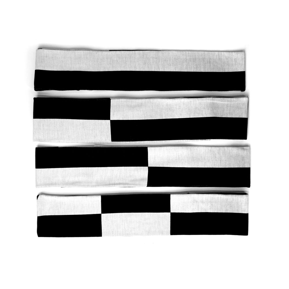 Image of Scale Bar Scarf