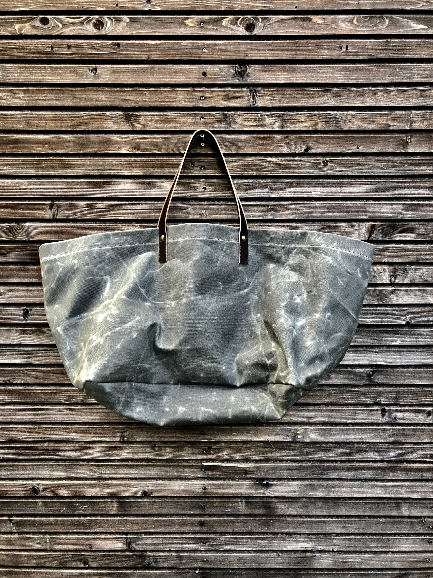 Image of  XXL waxed canvas tote bag with leather handles / canvas market