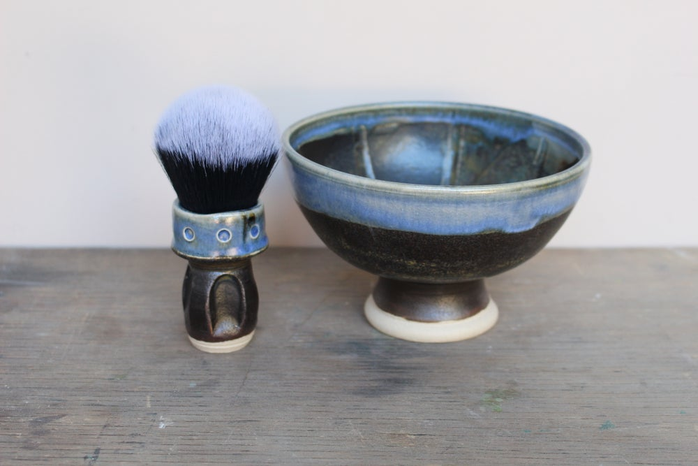 Image of Spotty Pedestal Wet Shaving Bowl