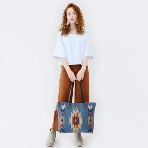 Image of Sparrow's Song Wool Tote