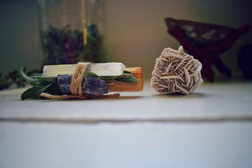 Image of Plant + Crystal Bundle | smudge stick | palo santo + blue sage | raw amethyst | selenite wand