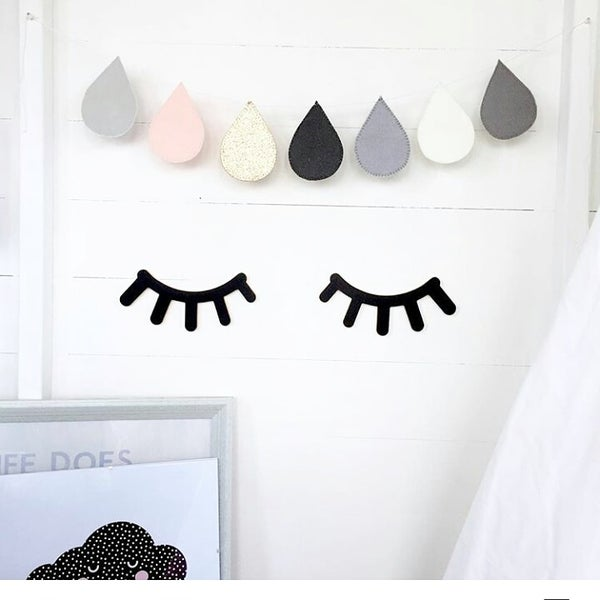 Image of WOODEN LASHES