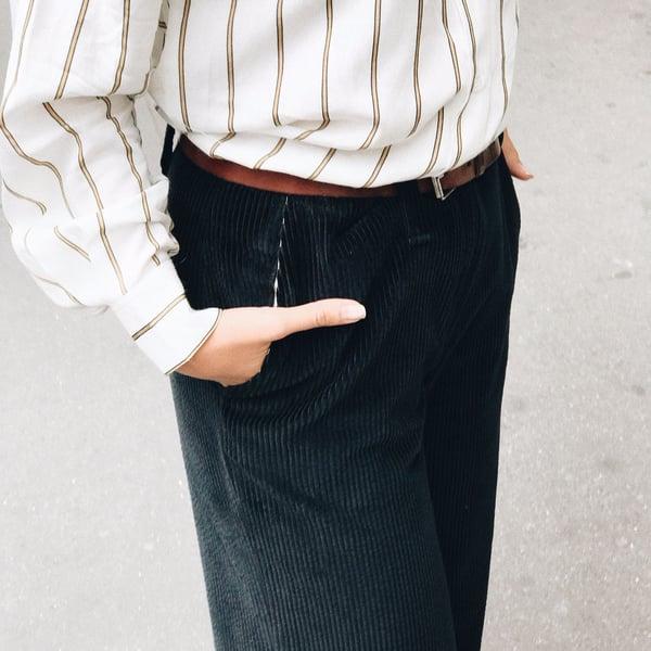 Pantalon Gabin marine 145€ -50% - Maison Brunet Paris