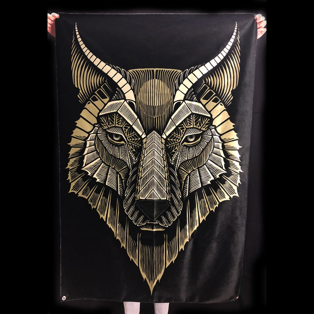 Image of WOLF TAPESTRY
