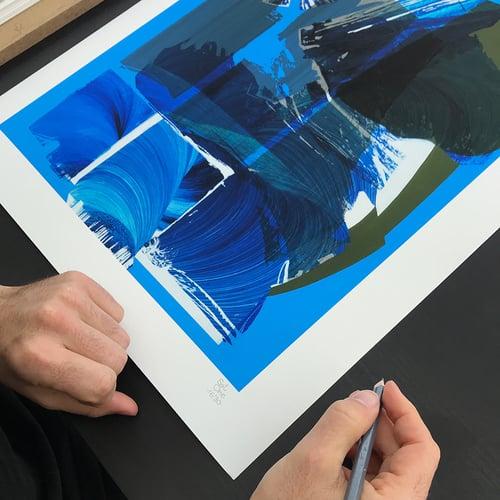 Image of Satone, Macro 11018 (print)