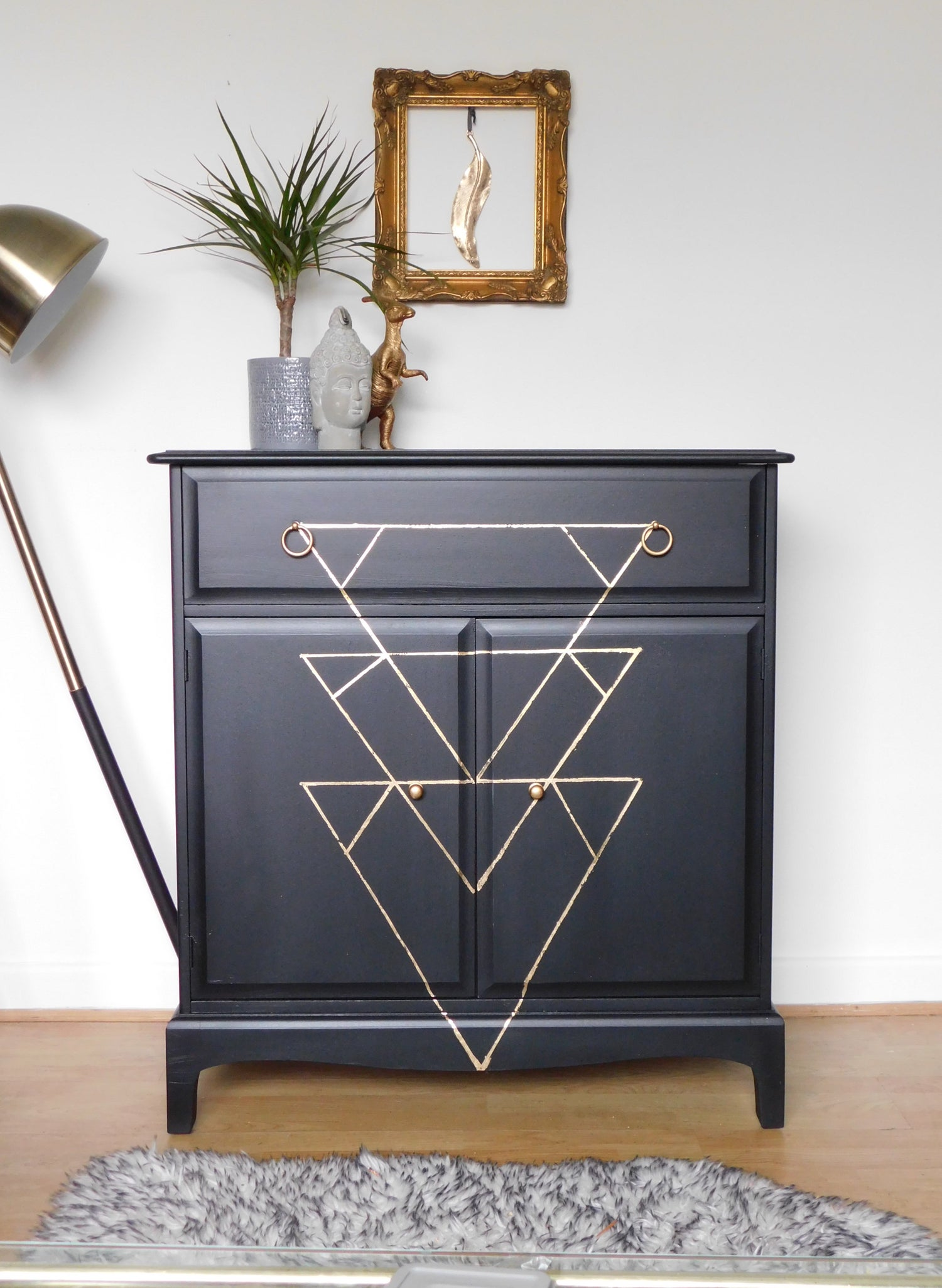 Image of Stunning mahogany stag drinks cabinet in black