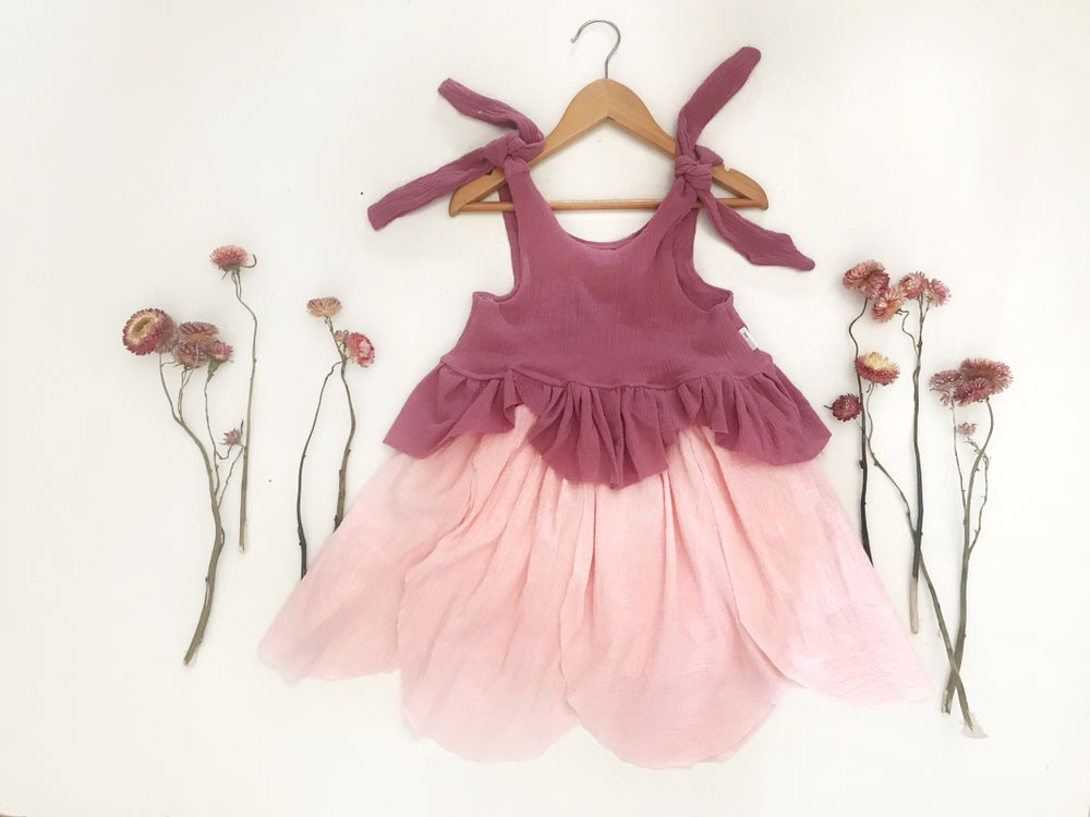 Image of petal crop + skirt set