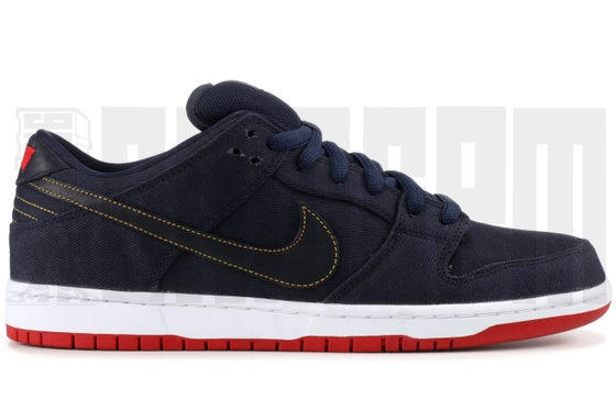 "Image of Nike DUNK LOW PRO PREMIUM SB ""LEVI'S"" HYPERSTRIKE"