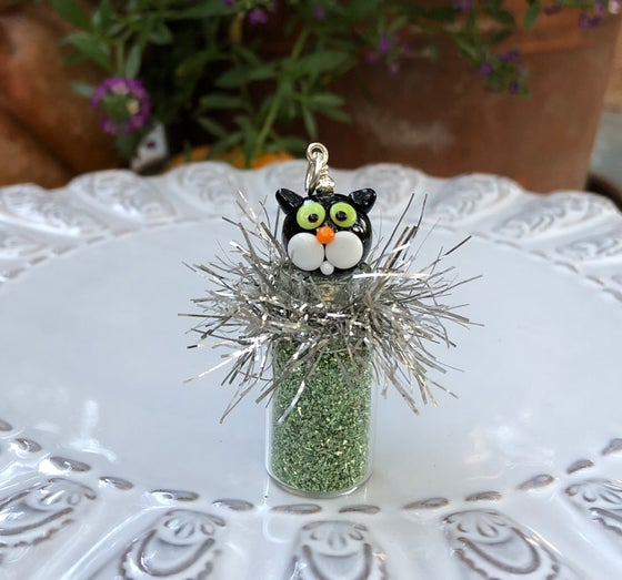 Image of ~GLITTER KITTY ORNAMENT~ Pendant
