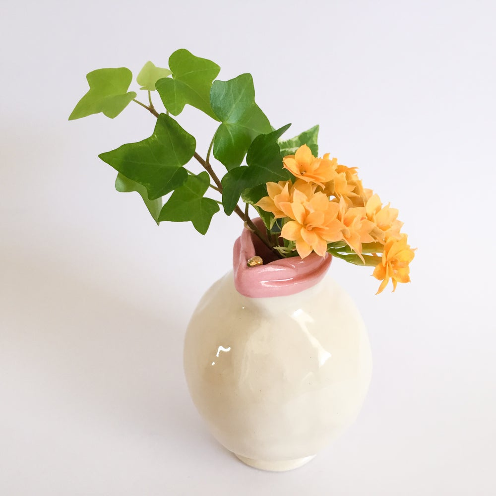 Image of Small Vulva Bud Vase