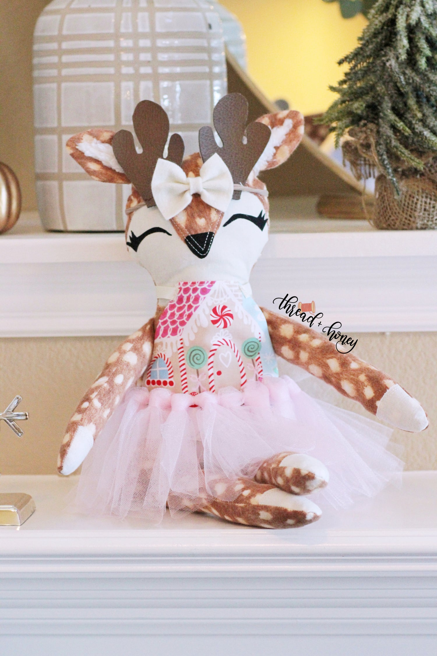 Image of Deer Stuffie