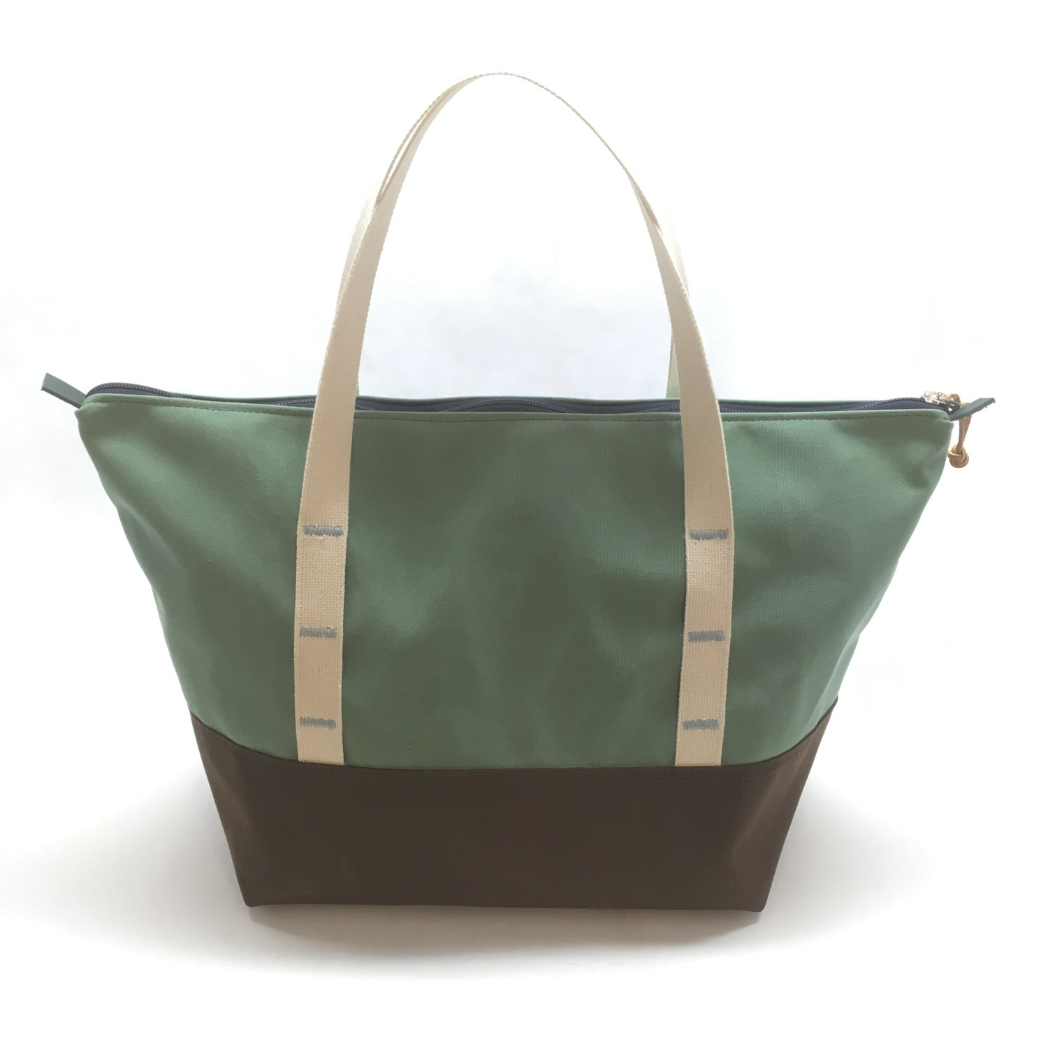 Image of ROUND UP TOTE