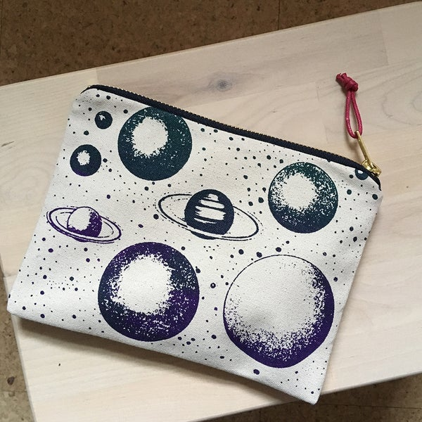 Image of Planet Pouch