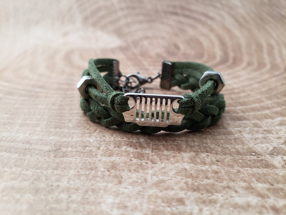 Image of It's a JEEP Thing Mini Grill Bracelet