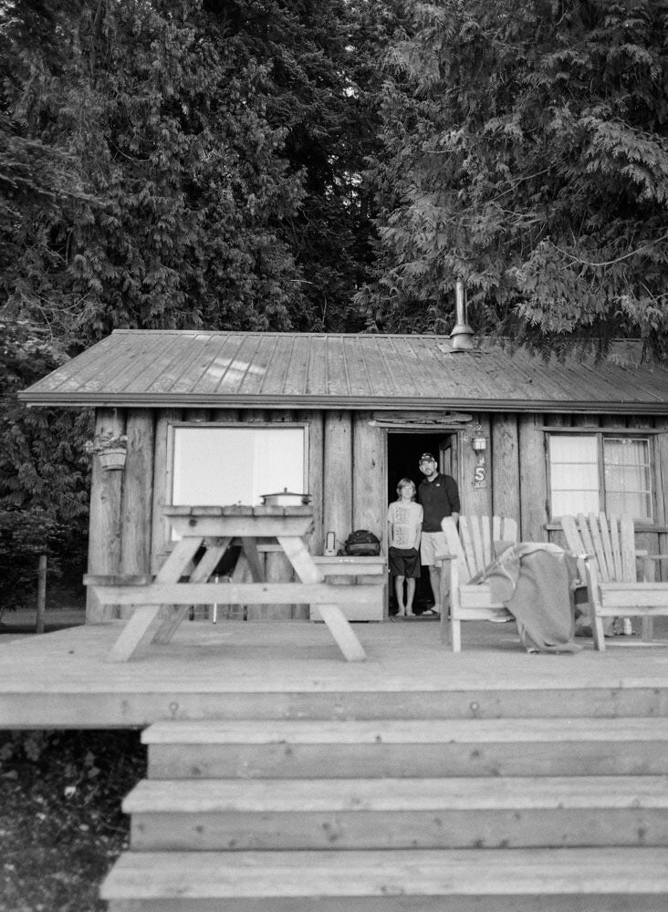 Image of CABIN LOVE SESSION - REMAINDER DUE