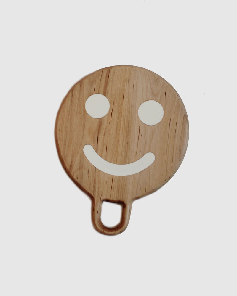 Image of Smiley White on Maple