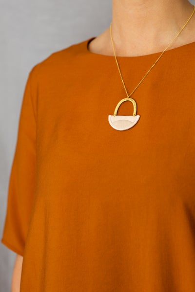 Image of LINNEA necklace in Blush