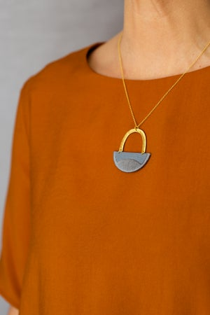 Image of LINNEA necklace in Grey