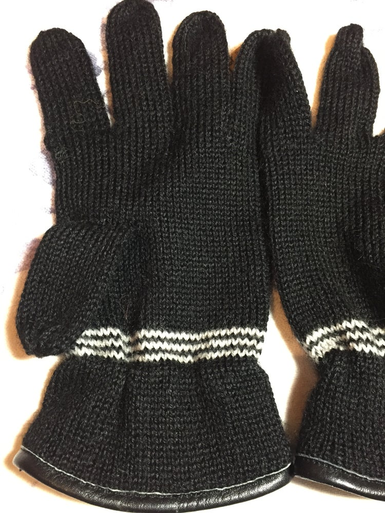 Image of Women's Driving Gloves.