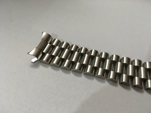 Image of SEIKO SOLID STAINLESS STEEL PRESIDENT GENTS WATCH STRAP,CURVED LUG,20MM/22MM.NEW,