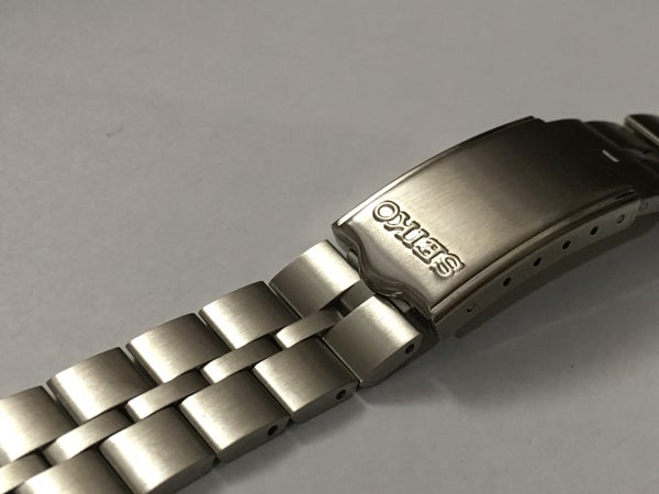 Image of SEIKO FISH BONE STAINLESS STEEL STRAP FOR SEIKO BULL HEAD,6138-0040,NEW,( V-2 )