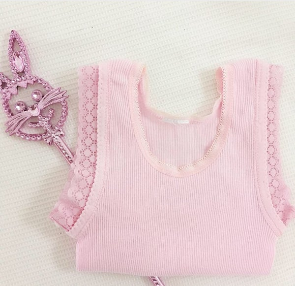 Image of Pink lace singlets