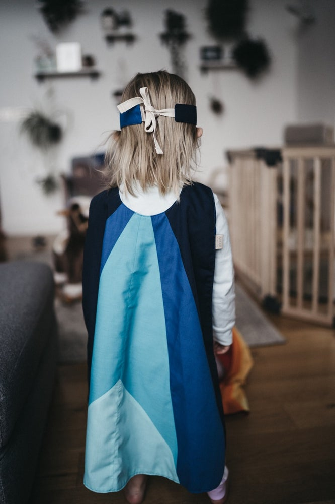 Image of Njord Colour Block Cape