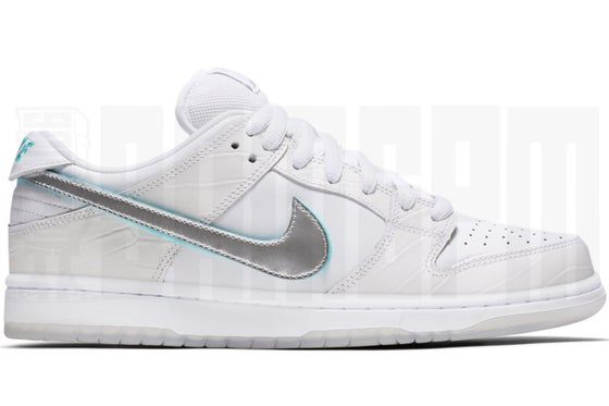 "Image of Nike SB DUNK LOW PRO OG QS ""DIAMOND"" WHITE"